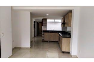 Apartamento en venta en La Ceja con Balcón...