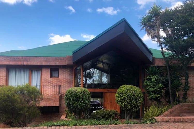 Foto 1 de Casa En Venta En Chia, con 2 terrazas y 3 alcobas.