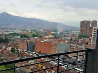 Una vista de una ciudad en la distancia en VENTA APARTAMENTO ENVIGADO SECTOR EL DORADO