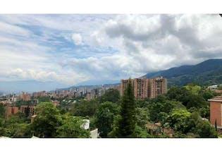 Apartamento en venta en Loma De Las Brujas con Jardín...