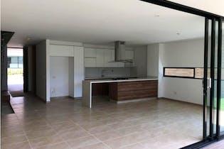 Casa en venta en Terracina de 221m² con Piscina...