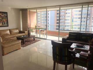 Una sala de estar llena de muebles y una gran ventana en Apartamento en venta en Loma de Benedictinos, 167mt con balcon