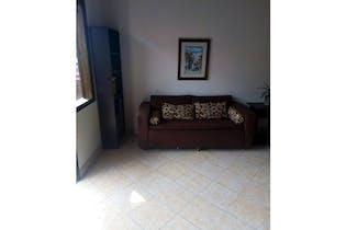 Casa en venta en La Milagrosa de 4 hab. con Balcón...