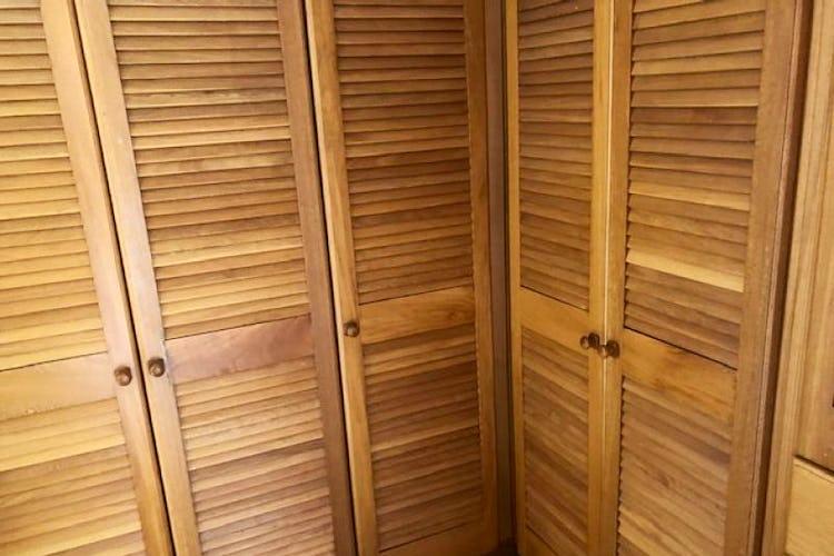 Foto 28 de Casa En Venta En Chia Cuatro alcobas, principal con chimenea, dos walk in closet