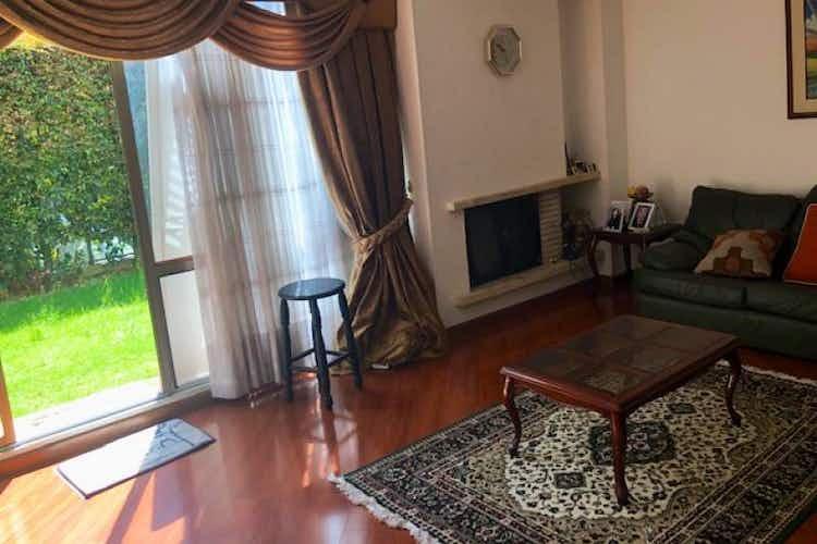Portada Casa en venta en Casa Blanca Suba de 138 mts con chimenea