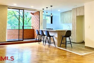 Apartamento en venta en Provenza de 3 hab. con Piscina...