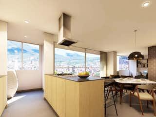 Una sala de estar llena de muebles y una gran ventana en Apartamento en venta en Lorena de tres alcobas