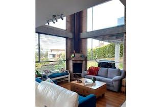 Casa en venta en Loma Del Escobero de 3 hab.