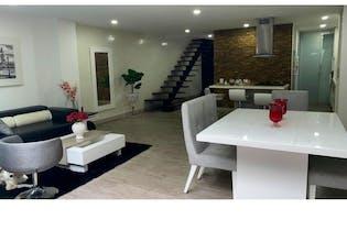 Casa en venta en Envigado con acceso a Piscina