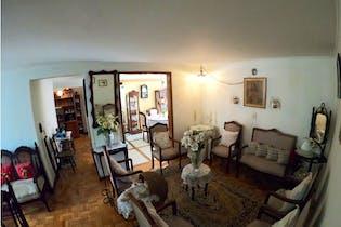 Apartamento en venta en Conquistadores con Balcón...