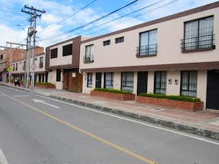Una calle que tiene un edificio en ella en Casa en venta en Casco Urbano Funza de 3 habitaciones