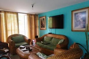 Apartamento en venta en Carlos E. Restrepo de 4 hab.