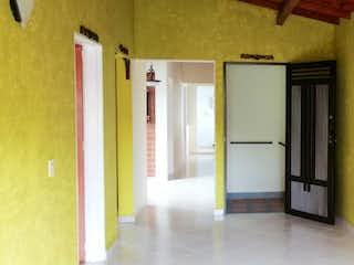 Una cocina con nevera y una nevera en Apartamento en venta en Alcalá, de 92mtrs2