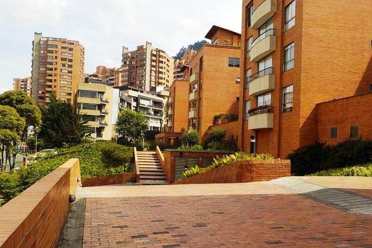 Foto 1 de Apartamento en Bogota Usaquen - con sala con chimenea