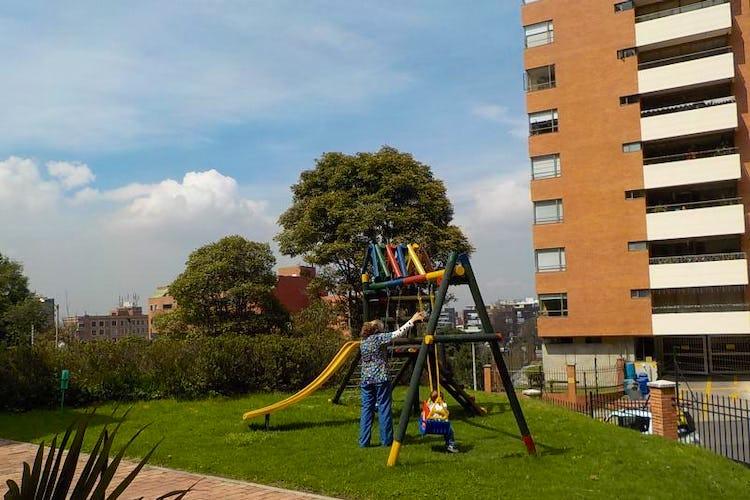 Foto 28 de Apartamento en Bogota Usaquen - con sala con chimenea