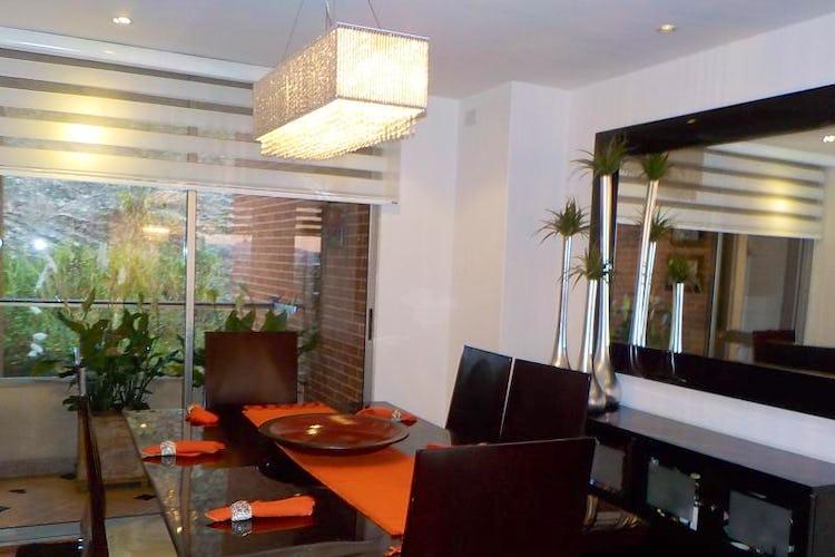 Foto 10 de Apartamento en Bogota Usaquen - con sala con chimenea