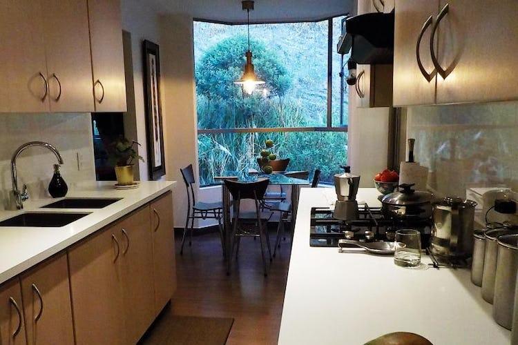 Foto 14 de Apartamento en Bogota Usaquen - con sala con chimenea