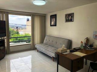 Casa en venta en Viveros De La Loma, Estado de México