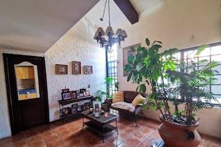 Casa en venta en Jardines De San Mateo de 4 hab. con Bbq...