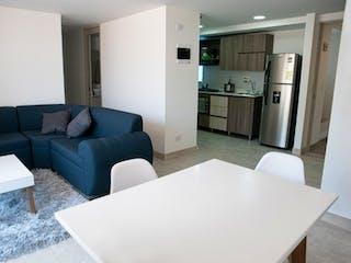 Una sala de estar llena de muebles y una gran ventana en Apartamento en venta en Barrio Obrero, de 64,11mtrs2