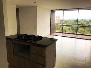 Una cocina con una estufa y un fregadero en Apartamento en venta en Santa Ana, de 96,6mtrs2