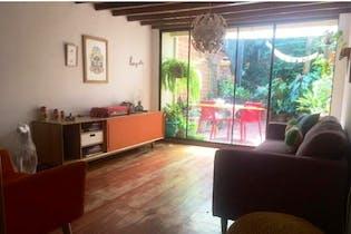 Casa en venta en Loma De Cumbres con acceso a Jardín
