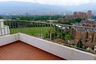 Apartamento en venta en Suramericana de 4 hab. con Balcón...