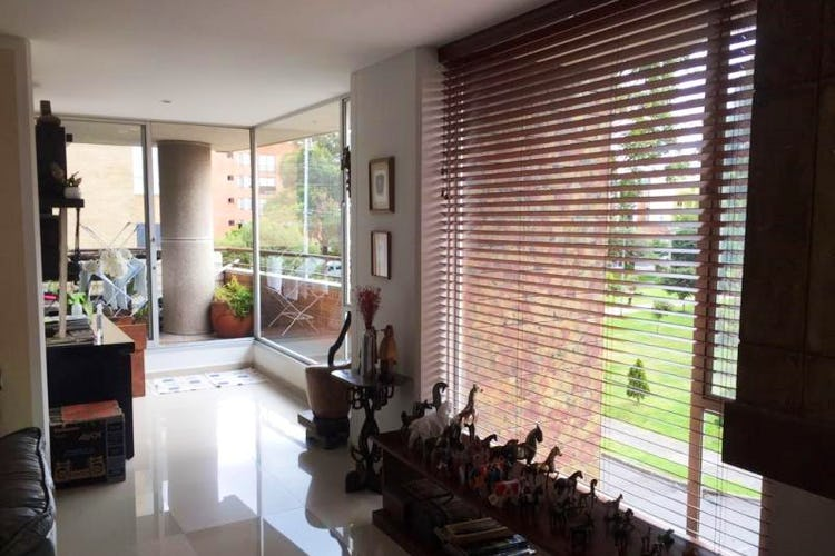 Foto 2 de Apartamento en Bogota San Patricio - con tres alcobas