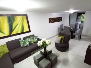 Casa en venta en Loma de los Bernal, Medellín