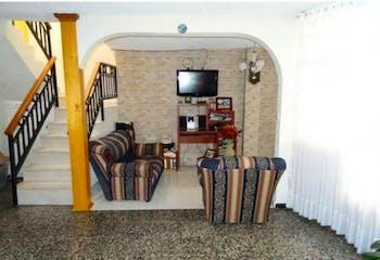 Casa en Mosquera, El Carmen - 215mt, dos niveles, cuatro alcobas