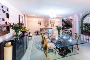 Lomas De Tecamachalco, Casa en venta, 415m² con Jardín...