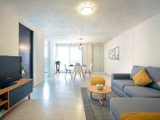 Una sala de estar llena de muebles y una televisión de pantalla plana en Vista La Viga