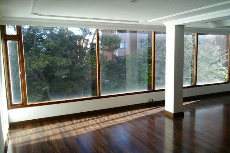 Portada Apartamento En Venta En Bogota Altos De Sotileza, con 3 habitaciones.