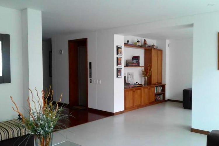 Foto 3 de Apartamento En Bogota La Cabrera- ascensor privado- 3 alcobas