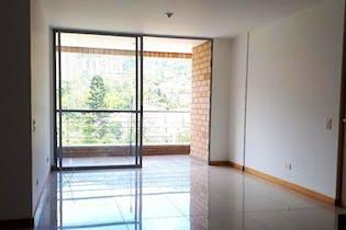 Apartamento en venta en Loma Del Escobero con Gimnasio...