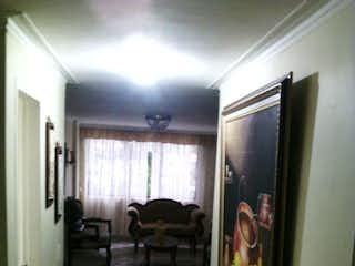 Una vista de un pasillo desde un pasillo en Apartamento en Venta en Laureles