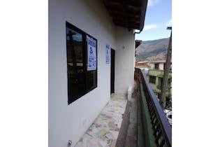 Casa en venta en El Salvador de 5 alcobas