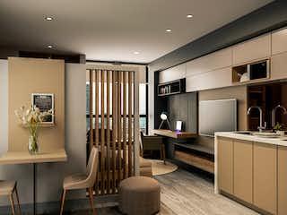Una cocina con una mesa y sillas en ella en Soy 21