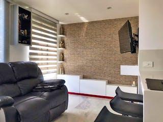 Una sala de estar llena de muebles y una ventana en Apartamento en venta en Calasanz, 55mt con balcon