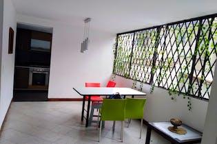 Apartamento en venta en Poblado de 110m²