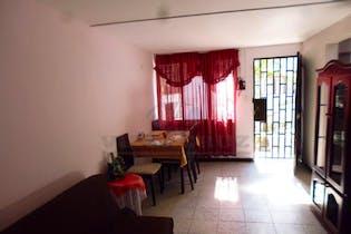 Casa en venta en Robledo Villaflora, 68m²