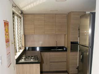 Una vista de una cocina desde el pasillo en Apartamento en venta en La Candelaria con Balcón...