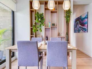 Una sala de estar llena de muebles y una ventana en Apartamento En Venta En Bogota Salitre