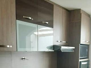Una cocina con un fregadero y una estufa en Casa en venta en La Candelaria, 103m² con Zonas húmedas...