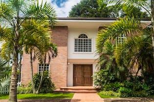 Casa en venta en La Calera 380m²