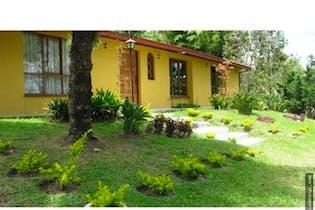 Casa en venta en Casco Urbano El Retiro de 3 habitaciones