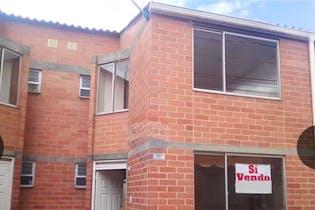 Casa en venta en La Finca de 59m² con Bbq...