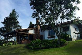 Casa en venta en Llano Grande de 4 alcobas