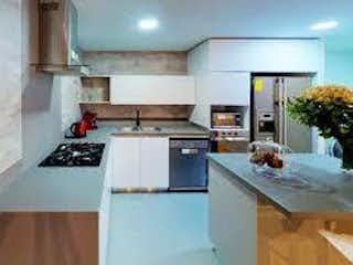 Una cocina con una estufa de fregadero y nevera en 95691 - Venta Apartamento  Loma Las Brujas Envigado