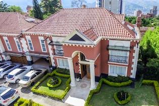 Casa en venta en El Poblado, 478m²